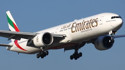A6-EBA - Boeing 777-31HER - Emirates