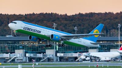 UK-67005 - Boeing 767-33P(ER) - Uzbekistan Airways