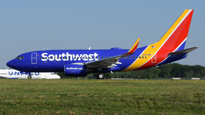 A picture of N229WN - Boeing 7377H4 - Southwest Airlines - © DJ Reed - OPShots Photo Team