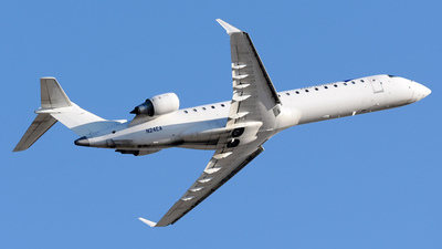 A picture of N24EA - Mitsubishi CRJ701ER - Elite Airways - © DJ Reed - OPShots Photo Team