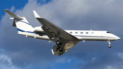 N14717 - Gulfstream G450 - Private