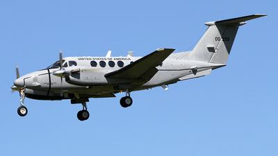 10-00259 - Beechcraft C-12V Huron - United States - US Army