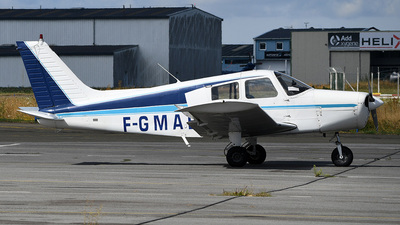 F-GMAB - Piper PA-28-140 Cherokee - Private