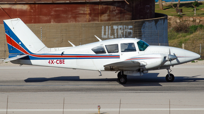 4X-CBE - Piper PA-23-250 Aztec F - Private