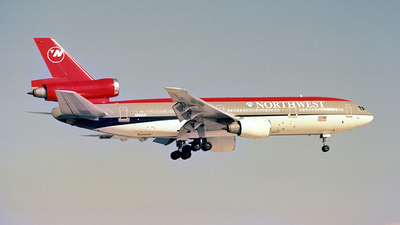 N160US - McDonnell Douglas DC-10-40 - Northwest Airlines