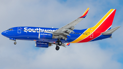 A picture of N472WN - Boeing 7377H4 - Southwest Airlines - © Davin Amy
