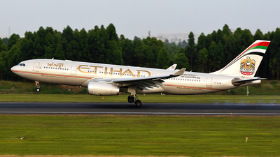 A6-EYM - Airbus A330-243 - Etihad Airways