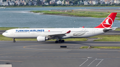 A picture of TCJOB - Airbus A330303 - Turkish Airlines - © HA-KLS
