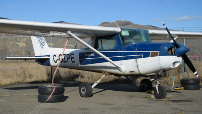 C-GZPE - Cessna 152 - Canadian Flight Centre