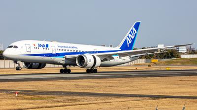 A picture of JA818A - Boeing 7878 Dreamliner - All Nippon Airways - © yukikerori