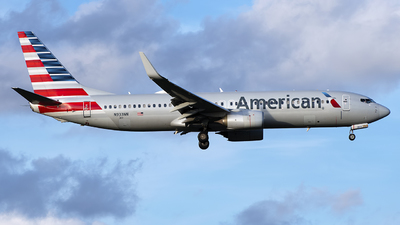 A picture of N933NN - Boeing 737823 - American Airlines - © Mark Szemberski