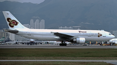 HS-TAH - Airbus A300B4-605R - Thai Airways International