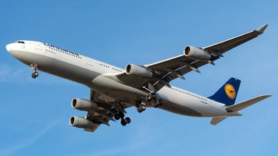 D-AIGZ - Airbus A340-313X - Lufthansa