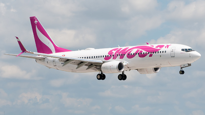 C-FLBV - Boeing 737-8CT - Swoop
