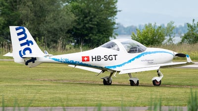 A picture of HBSGT - Aquila A211 - [AT01100C324] - © Christian Kruhl
