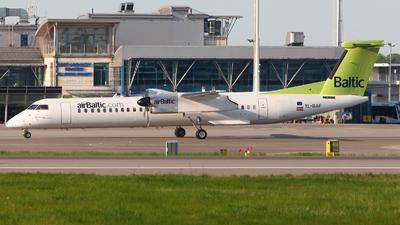 YL-BAF - Bombardier Dash 8-Q402 - Air Baltic