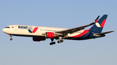 A picture of VPBXW - Boeing 7673Q8(ER) - Azur Air - © Alberto Cucini