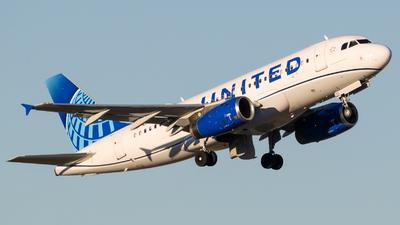 N877UA - Airbus A319-132 - United Airlines