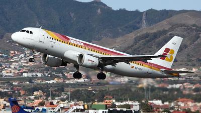 EC-HSF - Airbus A320-214 - Iberia