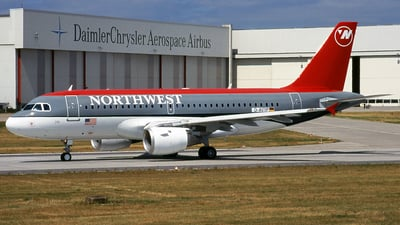 D-AVYP - Airbus A319-114 - Northwest Airlines