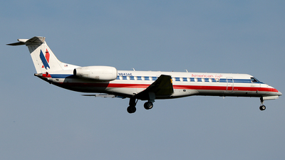 A picture of N843AE - Embraer ERJ140LR - American Airlines - © MISAEL OCASIO HERNANDEZ