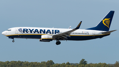 A picture of EIENW - Boeing 7378AS - Ryanair - © Matei Dascalu - RomeAviationSpotters