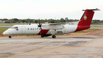 VH-ZZE - Bombardier Dash 8-Q315 - Australia - Customs