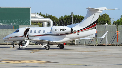 A picture of CSPHP - Embraer Phenom 300 - NetJets - © Alessandro Berti - Tuscan Aviation