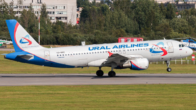 VQ-BRE - Airbus A320-214 - Ural Airlines