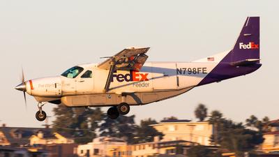 A picture of N798FE - Cessna 208B Super Cargomaster - FedEx - © Brandon Ravelo