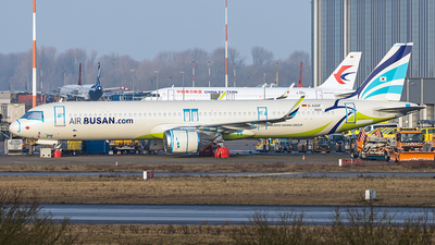 A picture of DAZAF - Airbus A321200N - Airbus - © Dirk Grothe