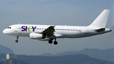 LY-VEN - Airbus A320-233 - Sky Airline (Avion Express)