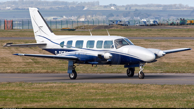 A picture of GOETV - Piper PA31350 - [317852073] - © Phil Woods