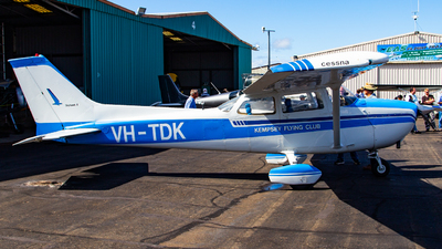 VH-TDK - Cessna 172M Skyhawk II - Kempsey Flying Club