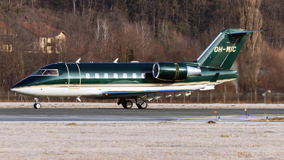 OH-WIC - Bombardier CL-600-2B16 Challenger 604 - Jetflite