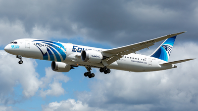 A picture of SUGER - Boeing 7879 Dreamliner - EgyptAir - © Leo Sheng