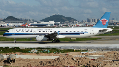 A picture of B2281 - Airbus A321231 - China Southern Airlines - © Johnny TIAN