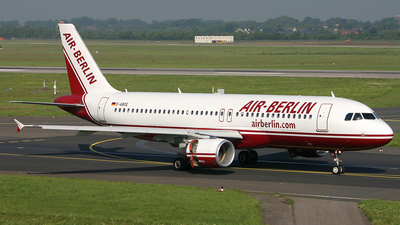 D-ABDE - Airbus A320-214 - Air Berlin