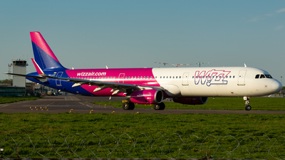 A picture of HALXY - Airbus A321231 - Wizz Air - © Oleksandr Naumenko