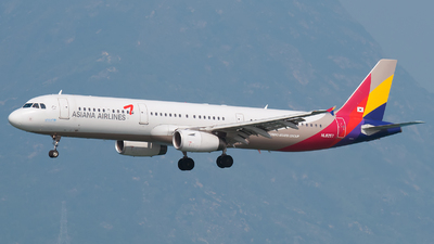 HL8257 - Airbus A321-231 - Asiana Airlines