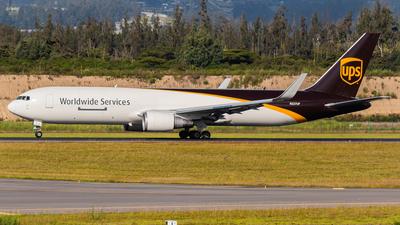 N327UP - Boeing 767-34AF(ER) - United Parcel Service (UPS)