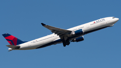 A picture of N823NW - Airbus A330302 - Delta Air Lines - © Sebastian K