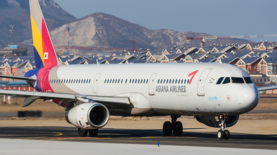 HL7722 - Airbus A321-231 - Asiana Airlines