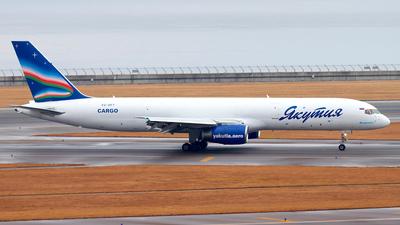 VQ-BPY - Boeing 757-236(SF) - Yakutia Airlines