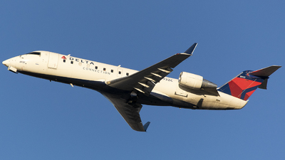 N8932C - Bombardier CRJ-200ER - Delta Connection (Pinnacle Airlines)