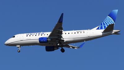 N616UX - Embraer 170-200LL - United Express (ExpressJet Airlines)