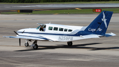 A picture of N258PB - Cessna 402C - Cape Air - © Angel Natal