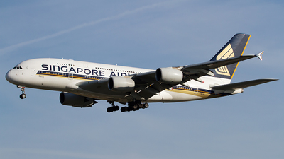 A picture of 9VSKF - Airbus A380841 - Singapore Airlines - © Andreas van den Berg