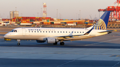 A picture of N751YX - Embraer E175LR - United Airlines - © Oliver Richter