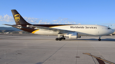 A picture of N154UP - Airbus A300F4622R - UPS Airlines - © Nate Morin